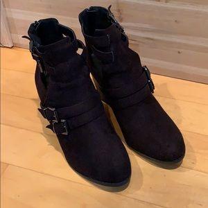 Size 9 black booties